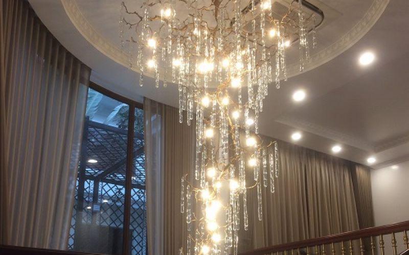 Cung cấp Lắp đặt bảo trì bảo dưỡng vệ sinh các loại đèn chùm pha lê cao cấp