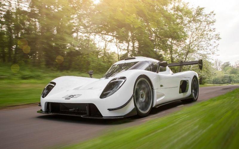 Những mẫu xe mạnh bậc nhất thế giới được sản xuất giới hạn